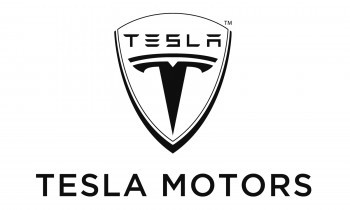 Tesla Motors Inc (NASDAQ:TSLA) and Nissan Underscore Divergent Views on Self Driving Features