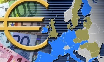 Euro Lower as Trade Surplus Shrinks