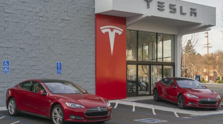 Tesla Inc NASDAQ: TSLA Stock Rallies as Q1 2017 Deliveries Rise 69%